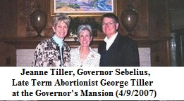 Sebelius and Tillers Caption